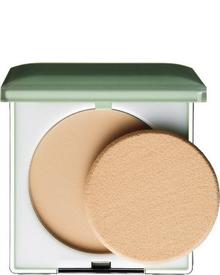 Clinique - Stay Matte Sheer Pressed Powder Oil-Free