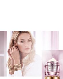 Estee Lauder Resilience Lift Firming/Sculpting Oil-in-Creme Infusion. Фото 1
