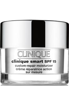 Clinique - Smart SPF 15 Custom Repair