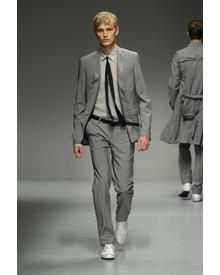 CoSTUME NATIONAL Homme. Фото 2