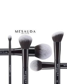 MESAUDA Duo Fibre Foundation Brush 502. Фото 1