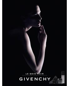 Givenchy Le Soin Noir Renewal Serum. Фото 4