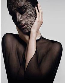 Givenchy Le Soin Noir Lace Face Mask. Фото 7