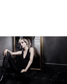 Yves Saint Laurent Poudre Compacte Radiance Perfection Universelle. Фото 2