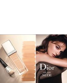 Dior Diorskin Nude Glowing Makeup SPF 15. Фото 2