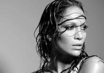 5 речей, які не можна робити з мокрим волоссям.