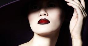 Как сохранить красоту губ осенью?