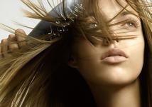 Проблема жирных волос: почему и что делать?