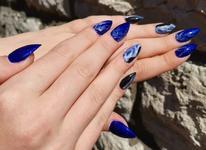 Новий тренд в манікюрі: водні хвилі на нігтях!