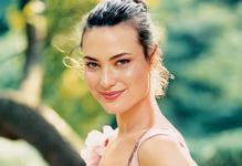 Еліксир молодості: 7 антивікових сироваток, що змінять вашу шкіру.