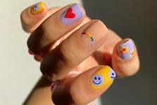 Новий тренд в манікюрі - яскраві та веселі дитячі малюнки на нігтях!
