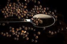 Аромати з перчинкою: топ-6 найцікавіших ароматів з нотами перцю.
