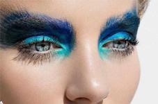 Подбираем оттенки макияжа под цвет глаз