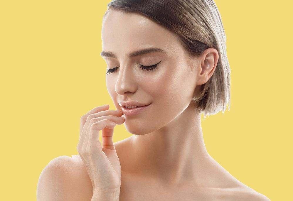 Новий тренд в макіяжі: ефект медової шкіри.