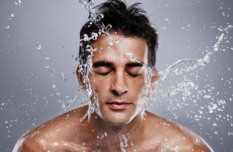 Простой алгоритм ухода за мужской кожей.