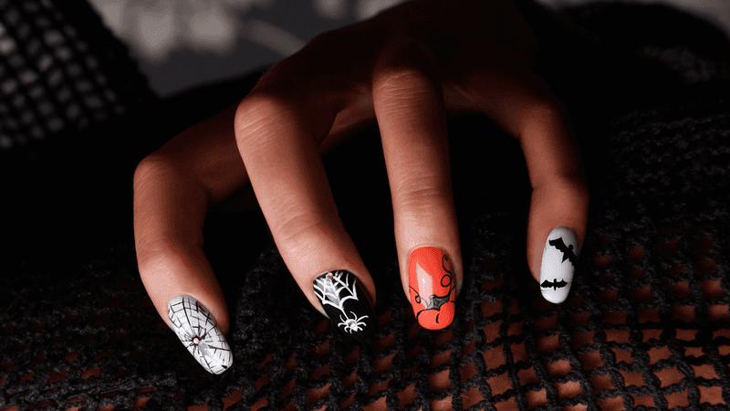 Идеи маникюра на Хэллоуин.