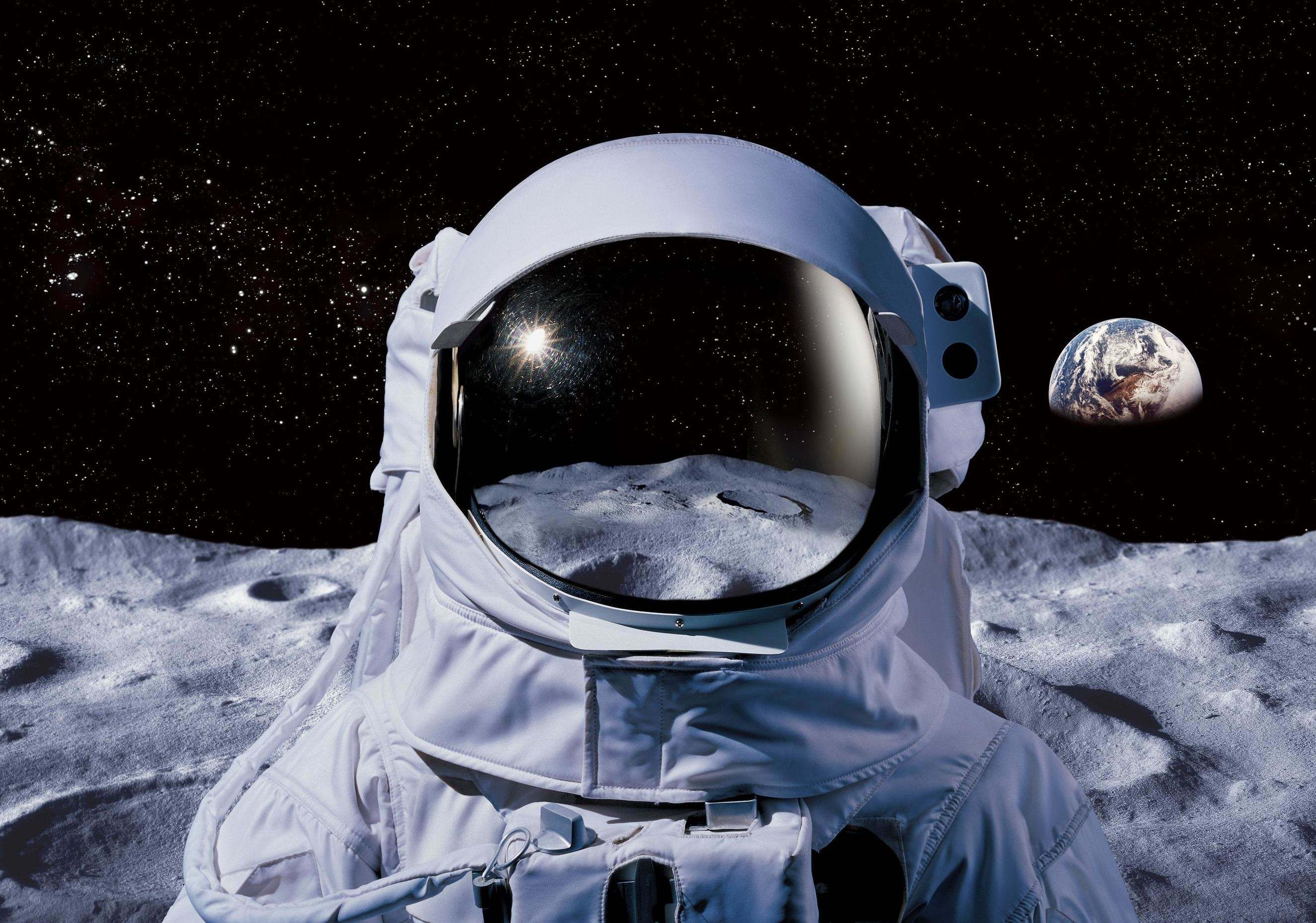 Аромат космосу Kickstarter Eau de Space: новий парфум із запахом зірок і комет.
