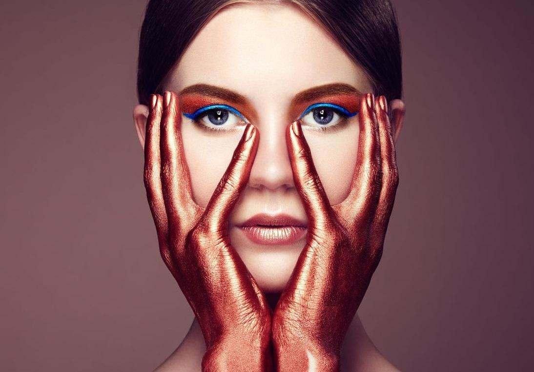 5 помилок в макіяжі, які зіпсують самий вишуканий образ.
