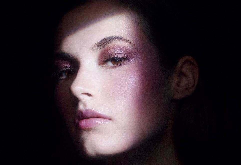 Гіпнотична осіння колекція Givenchy Essence Of Shadows.
