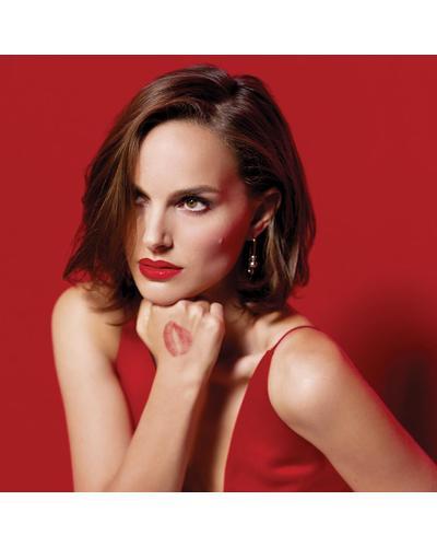 Dior Оттенки высокой моды: от глянцевых до матовых - комфорт и стойкость Rouge Dior. Фото 5