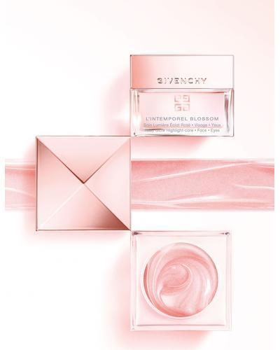 Givenchy L'Intemporel Blossom Radiance Reviver Cream. Фото 3