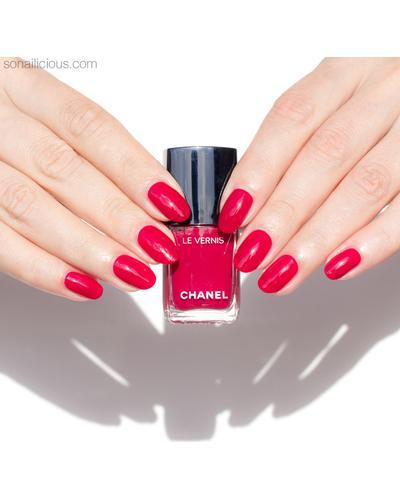 CHANEL Стойкий лак для ногтей Le Vernis Longwear Nail Colour. Фото 5