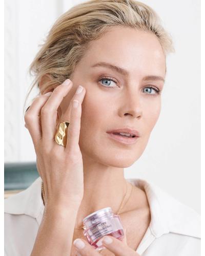 Estee Lauder Крем-ліфтинг для шкіри навколо очей Resilience Multi-Effect Tri-Peptide Eye Creme. Фото 2