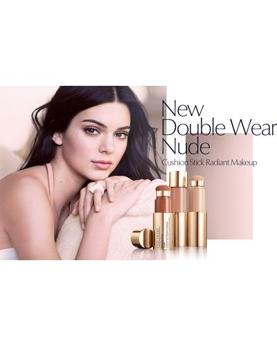 Estee Lauder Double Wear Nude. Фото 3
