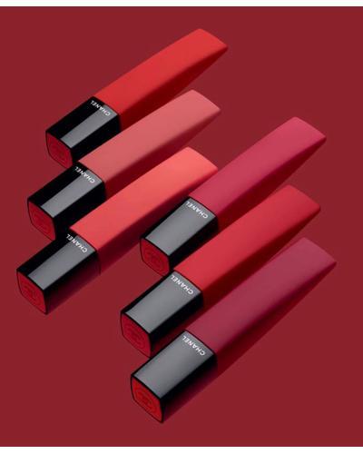 CHANEL Жидкая матовая помада для губ с эффектом пудры Rouge Allure Liquid Powder. Фото 1