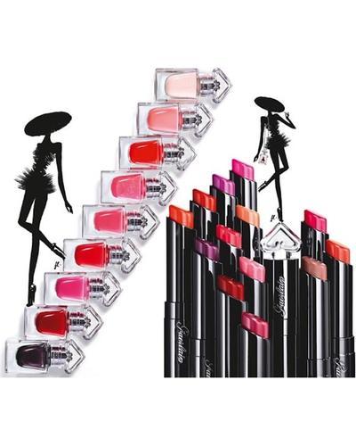Guerlain La Petite Robe Noire Lip Colour. Фото 2