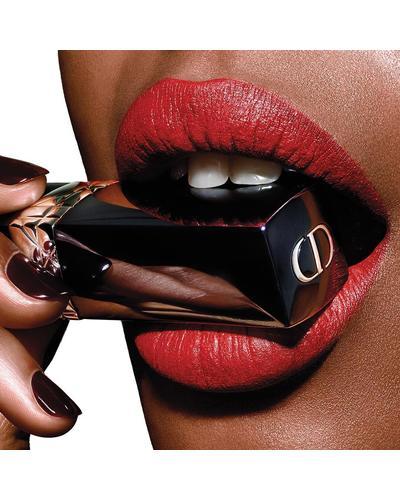 Dior Оттенки высокой моды: от глянцевых до матовых - комфорт и стойкость Rouge Dior. Фото 4