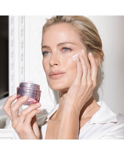 Estee Lauder Денний ліфтинг-крем для обличчя Resilience Multi-Effect Tri-Peptide Face and Neck Creme. Фото 2