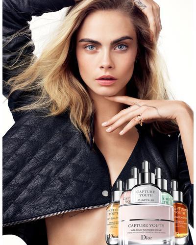 Dior Сыворотка-лифтинг, замедляющая появление признаков возраста Capture Youth Lift Sculptor. Фото 1