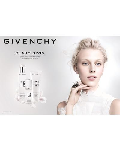 Givenchy Пенка очищающая осветляющая Blanc Divin Brightening Purifying Foam. Фото 4