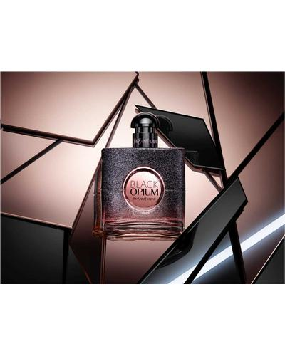 Yves Saint Laurent Black Opium Floral Shock. Фото 3