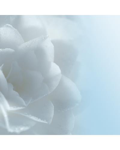 CHANEL Увлажняющий гель для кожи вокруг глаз Hydra Beauty Micro Gel Yeux. Фото 3