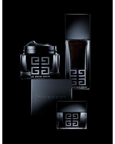 Givenchy Le Soin Noir Renewal Serum. Фото 3