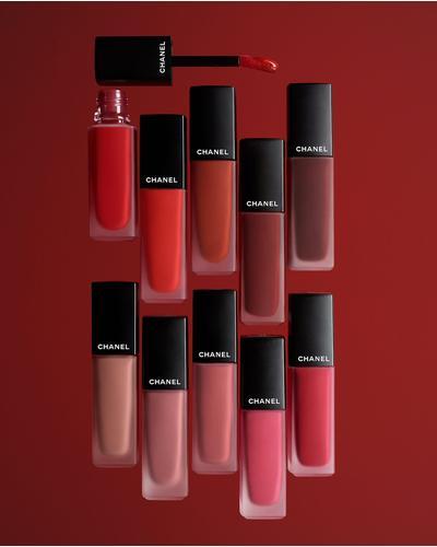 CHANEL Ультраматова стійка рідка помада з ефектом другої шкіри Rouge Allure Ink Fusion. Фото 2