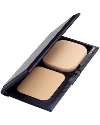 Shiseido Sheer Matifying Compact Long Lasting Oil-Free Foundation SPF 10