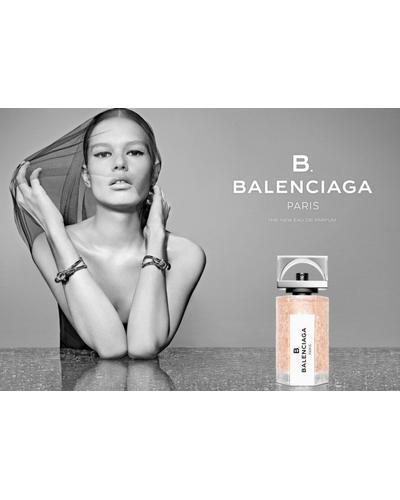 Balenciaga B. Balenciaga. Фото 2