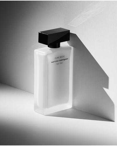 Narciso Rodriguez Pure Musc for Her. Фото 5