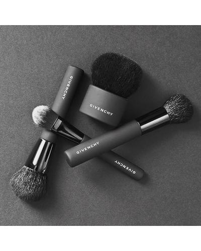 Givenchy Kabuki Brush. Фото 1