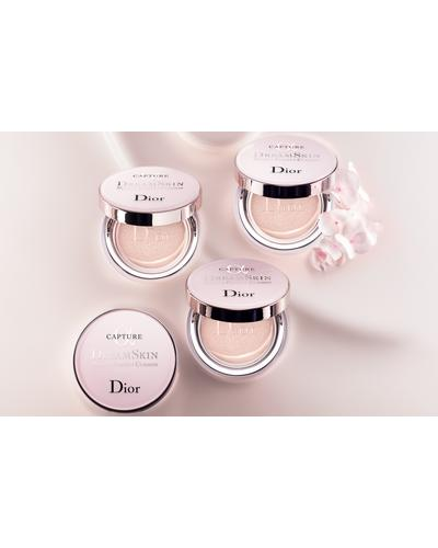 Dior Capture Dreamskin Moist & Perfect Cushion Spf 50. Фото 2