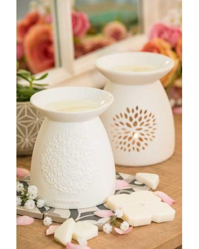 Durance Керамический подсвечник  Porcelain Perfume Warmer Petals. Фото 1
