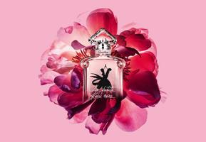 Незабаром: Guerlain La Petite Robe Noire Eau de Parfum Nectar.