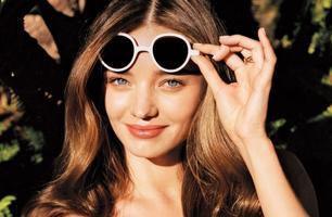 Треба знати: як обрати крем для шкіри навколо очей.