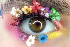 Краса та мистецтво: макіяж, що вражає.